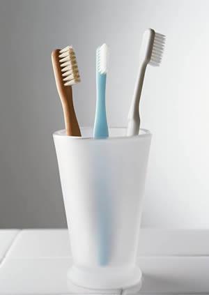 该怎样选择牙刷?