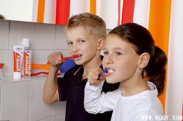 别把刷牙当游戏