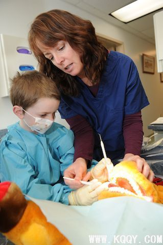 六一儿童节国外牙医是怎样度过的