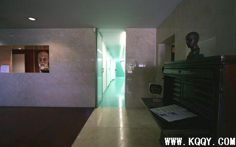 德国进入微笑牙科诊所装修图片与平面设计图